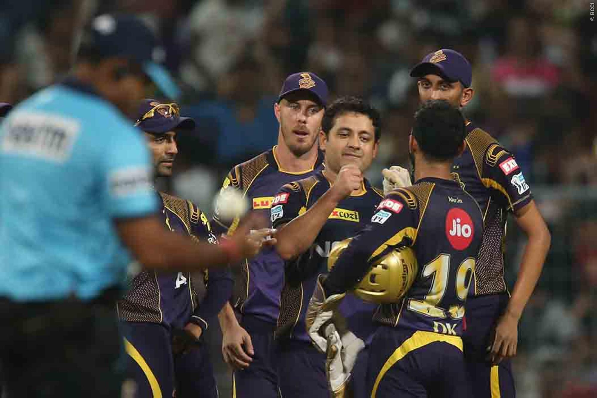 राजस्थान की हार के बाद लोगो ने रहाणे पर उतारा अपना गुस्सा, वही सर जडेजा ने रहाणे की धीमी बल्लेबाज़ी का उड़ाया मजाक 15