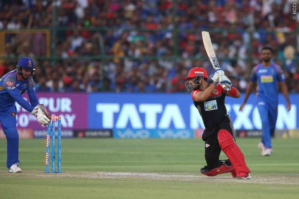 RRvsRCB : विराट की इन दो बड़ी गलतियों की वजह से आरसीबी की टीम को करना पड़ा 30 रन से हार का सामना 4