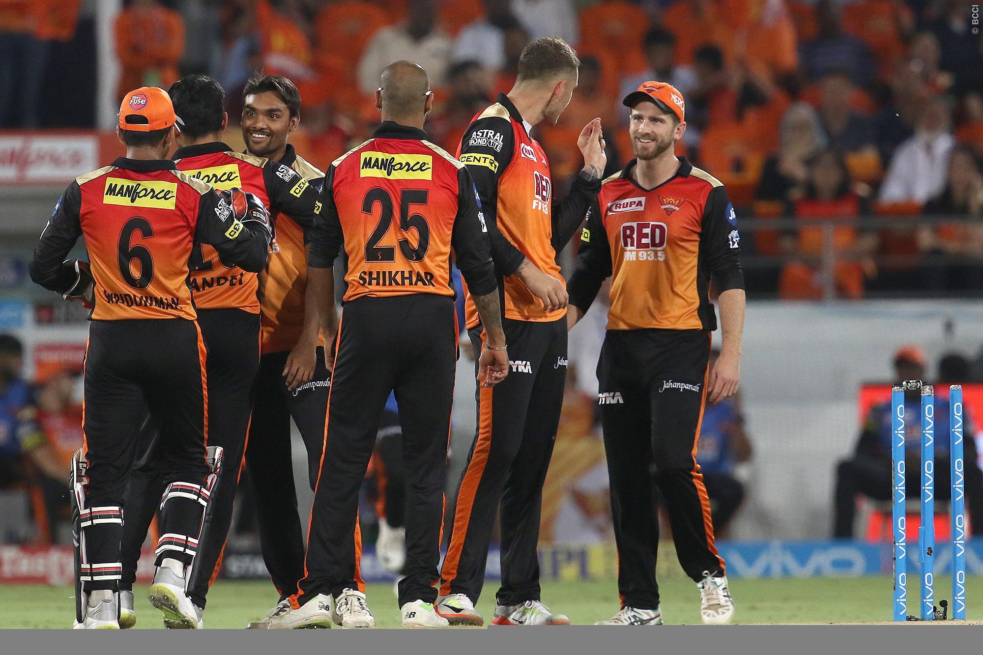 पॉइंट्स टेबल : सनराइजर्स और चेन्नई की जीत के बाद पॉइंट्स टेबल पर हुआ बड़ा उलटफेर, ये 4 टीम कर रहे प्लेऑफ के लिए क्वालीफाई 40
