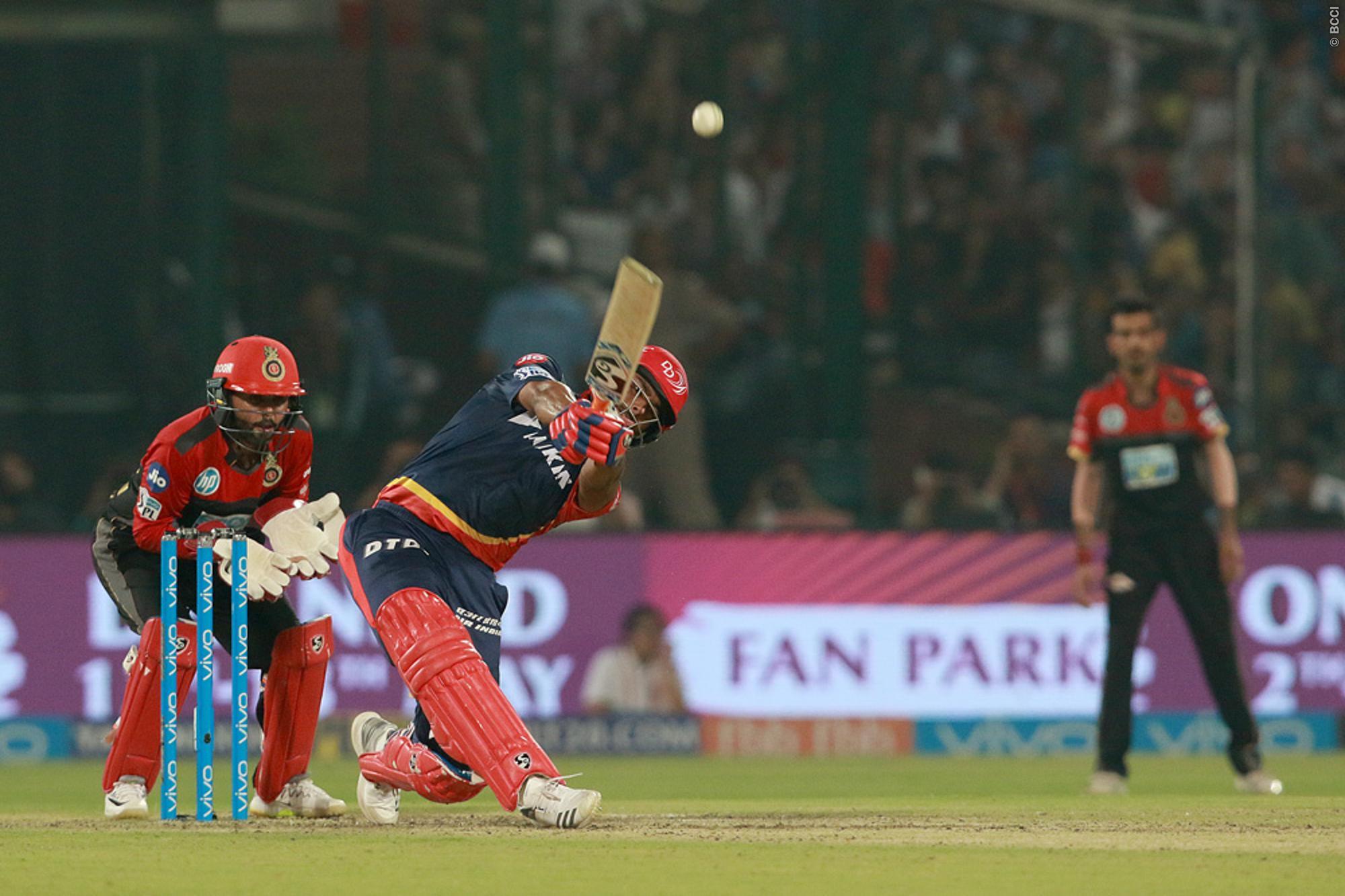 दादी शर्मिला टैगोर की राह पर चली सारा अली खान, 20 वर्षीय इस युवा क्रिकेटर पर है क्रश 3