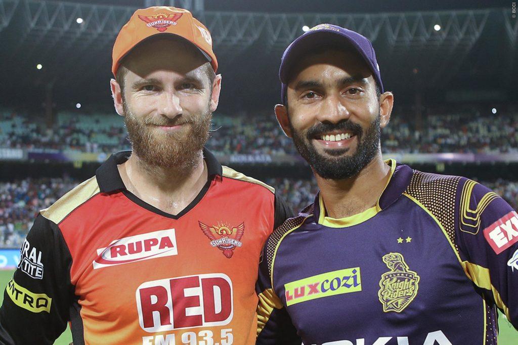 हैदराबाद के खिलाफ हार से कैप्टन कूल दिनेश कार्तिक ने खोया आपा इस युवा खिलाड़ी को दी गालियाँ, स्टम्प माइक में हुआ रिकॉर्ड 5