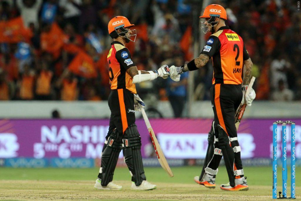 SRH VS DD- मैन ऑफ द मैच लेते हुए राशिद खान ने खोल डाला अपनी मिस्ट्री गेंद का राज, बताया क्यों बल्लेबाज नहीं पिक कर पाता गेंद 8