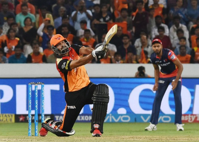 क्या खत्म हो गया सनराइजर्स हैदराबाद के इस दिग्गज खिलाड़ी का क्रिकेट करियर! 2