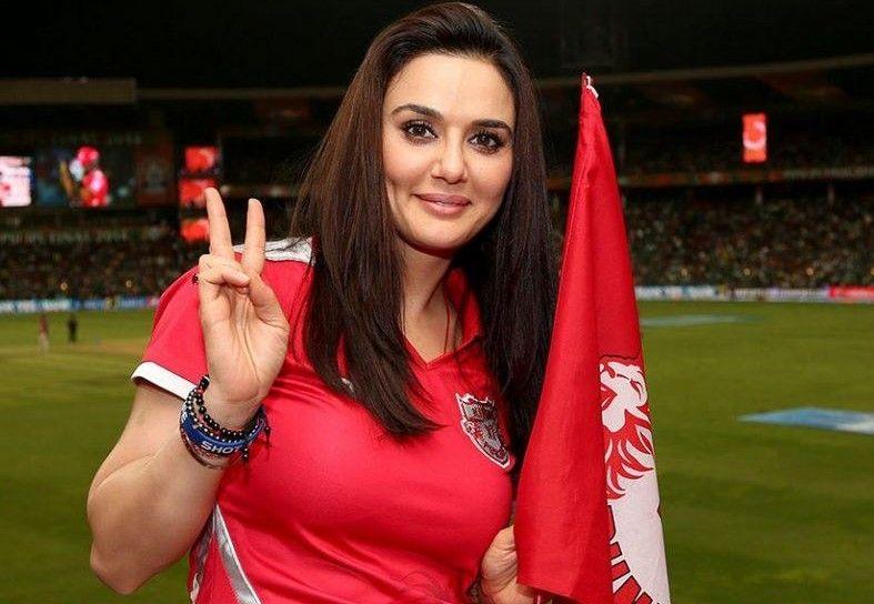 आईपीएल में पंजाब की हार के लिए प्रीति ने मांगी माफी 9