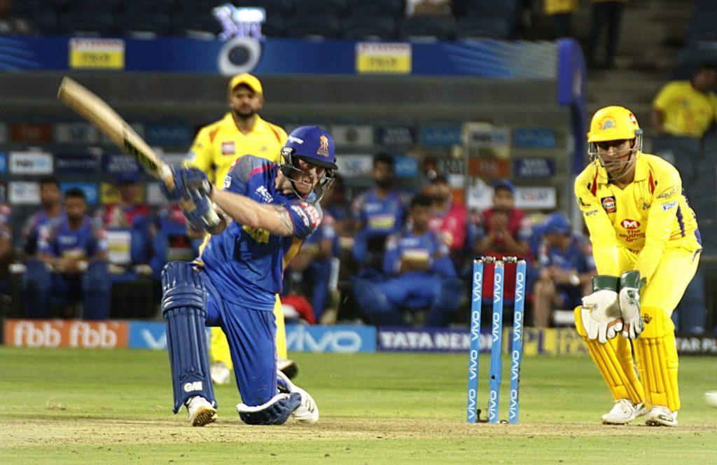 लाइव मैच के दौरान पत्नी को किस कर इस दिग्गज खिलाड़ी ने आईपीएल 2018 को किया अलविदा 1