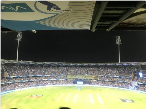 When floodlights off in between MIvsKXIP match, ashwin wife gets shock