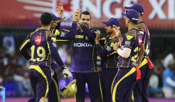 दिनेश कार्तिक से कप्तानी छीन इस दिग्गज को टीम का नया कप्तान बना सकती है कोलकाता नाईट राइडर्स 32