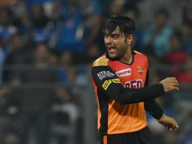 किसने क्या कहा: राशिद खान की शानदार गेंदबाजी के बाद फैन हुए इरफ़ान पठान, शेन वार्न विनोद काम्बली जैसे दिग्गज 7
