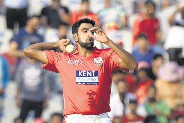 चेन्नई सुपर किंग्स के तीसरी बार आईपीएल चैम्पियन बनने पर अश्विन ने ख़ास अंदाज में दी महेंद्र सिंह धोनी को जीत की बधाई 5