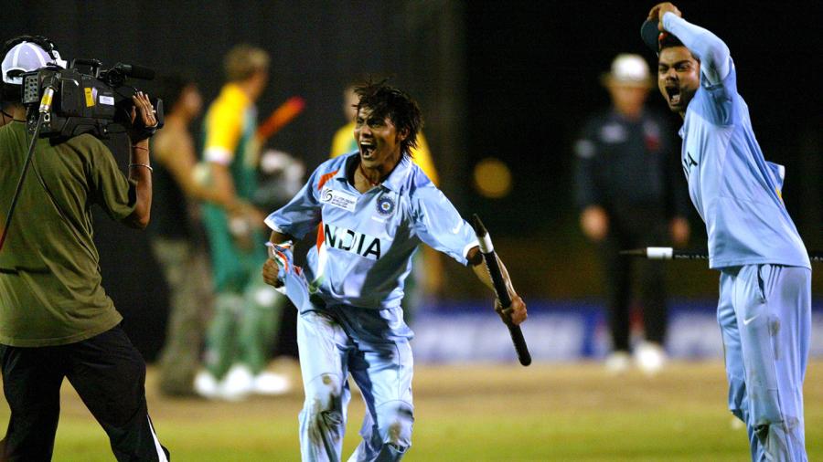2008 में विराट कोहली को अंडर-19 विश्वकप जीताने वाले खिलाड़ियों में सिर्फ 1 रहा सफल, ये 4 आज भी कर रहे संघर्ष 6