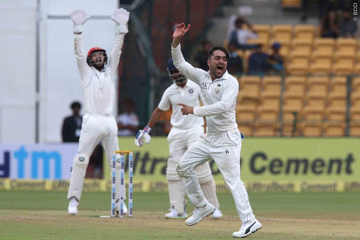 शेन वॉर्न और मुथैया मुरलीधरन नहीं बल्कि इस भारतीय गेंदबाज की गेंदबाजी है राशिद खान को पसंद 12