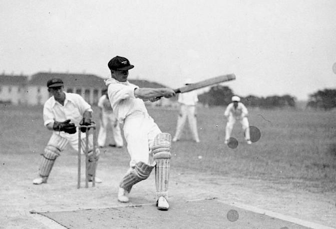 इतिहास के पन्नो से: क्रिकेट इतिहास का एक मात्र टेस्ट जिसमे 2-3 नहीं बल्कि पुरे 5 बल्लेबाजो ने जड़ डाला था शतक 6