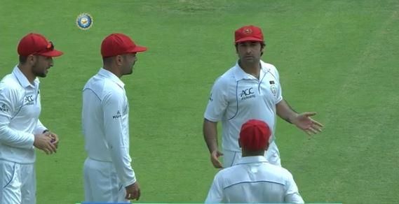 वीडियोः अपने पहले ही मैच में अफगानिस्तान ने कर दी बड़ी गलती, वीडियो शेयर कर बीसीसीआई ने भी बनाया मजाक 11