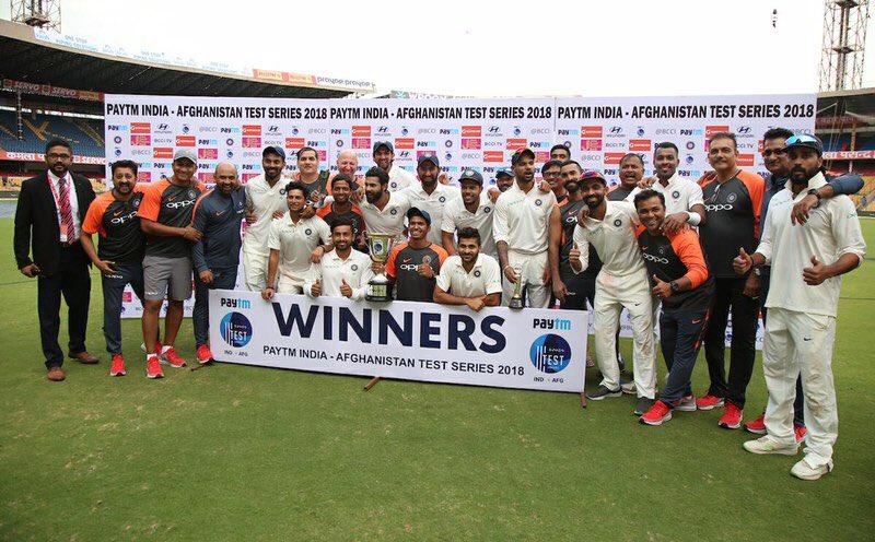 ऐतिहासिक टेस्ट जीतते ही रहाणे ने बनाया वो रिकॉर्ड, जो आज तक नहीं कर सके थे धोनी और कोहली 10
