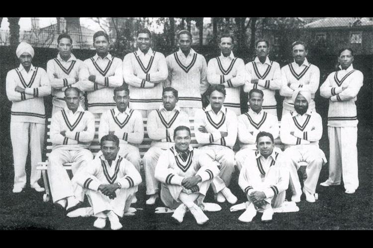 दिग्गज भारतीय क्रिकेटर इंग्लैंड जाकर उनकी टीम से खेल आया 12 टेस्ट मैच तो बीसीसीआई ने दिया था ये खास तोहफा 6