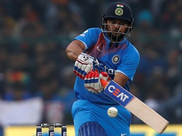 सुरेश रैना ने 46 गेंदों पर खेली 104 रन की तूफानी पारी, लगाए 11 चौके और 7 छक्के 7