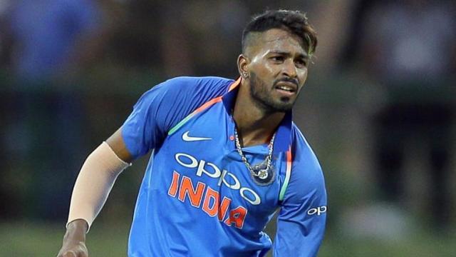 हार्दिक के लिए मुसीबत बने रहे हैं ये दो ऑलराउंडर, जल्द भारतीय टीम से हो सकती है पंड्या की छुट्टी 13