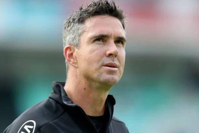 बीसीसीआई अवार्ड समारोह में हाथ में माइक आते ही बीसीसीआई के नीतियों  पर ही उठा डाला केविन पीटरसन ने सवाल 7