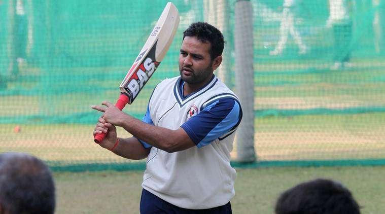 महेंद्र सिंह धोनी नहीं बल्कि इस विकेटकीपर बल्लेबाज को अपना आदर्श मानते है पार्थिव पटेल 11