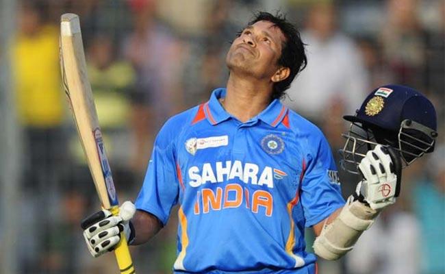 बॉलीवुड के दिग्गज अभिनेता संजय दत्त ने इस भारतीय क्रिकेटर को बताया अपना पसंदीदा 4