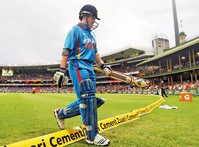 भारत के इस खिलाड़ी के नाम है 123 बार बोल्ड होने का शर्मनाक रिकॉर्ड, बड़े आदर से लिया जाता है इस दिग्गज का नाम 6
