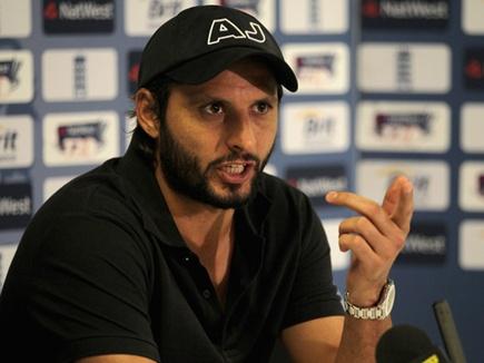 शाहिद अफरीदी ने बताया वह कारण, जिसकी वजह से सचिन और धोनी को नहीं मिली उनकी ड्रीम इलेवन टीम में जगह 1