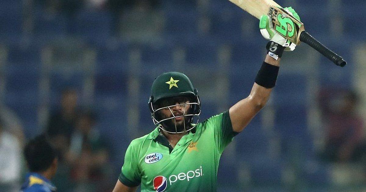 पाकिस्तान के इस 22 वर्षीय बल्लेबाज के सामने फेल है रन मशीन विराट कोहली, देख लीजिए आंकड़े 2