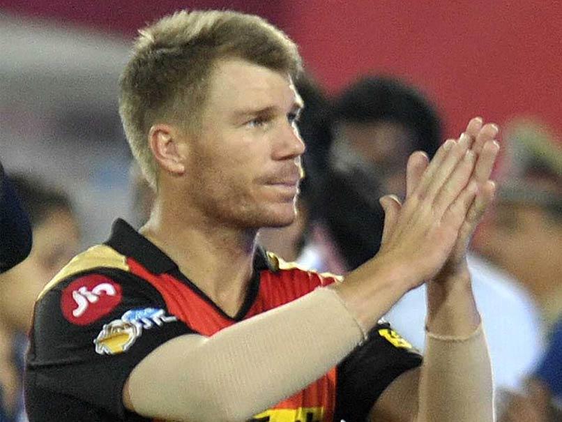 ग्लोबल टी-20 लीग खत्म होने के बाद वापस लौटते हुए डेविड वार्नर हुए भावुक, स्वदेश लौटते हुए सभी का किया धन्यवाद 3