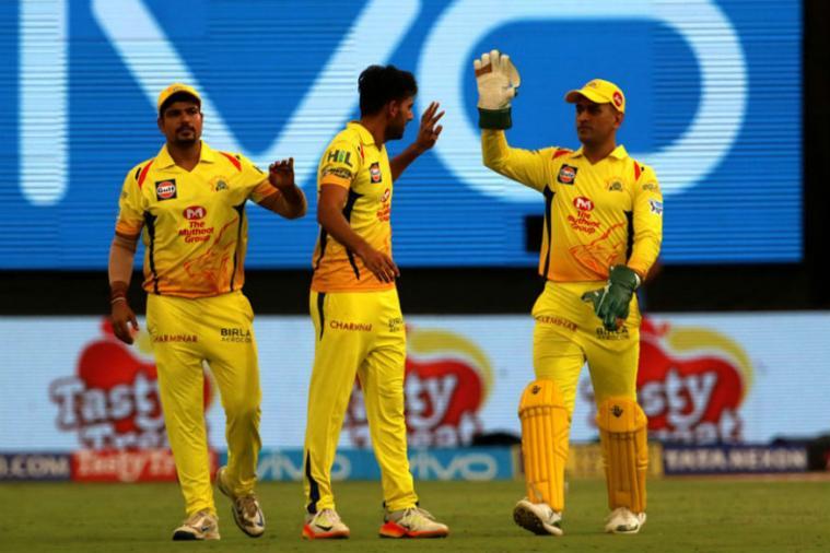 इन 4 गेंदबाजो पर इस तरह मेहरबान हुए महेंद्र सिंह धोनी कि दिला दी भारतीय टीम में जगह 3