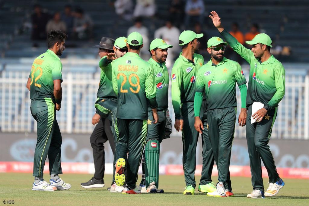 एशिया कप 2018 के लिए पाकिस्तान टीम की हुई घोषणा, दिग्गज खिलाड़ी को किया टीम में बाहर 9