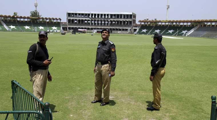 भारत के सम्बन्ध तोड़ने के बाद अब इस देश ने भी किया पाकिस्तान में क्रिकेट खेलने से मना 4