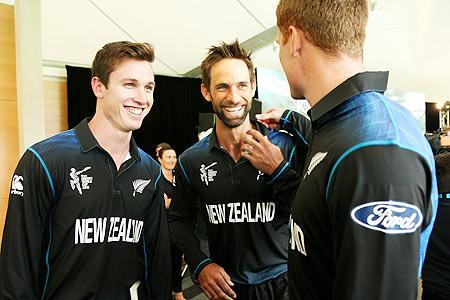 विश्वकप 2015 में न्यूज़ीलैंड को फाइनल का टिकट दिलाने वाले इस स्टार खिलाड़ी ने बनाया सन्यास का मन 15