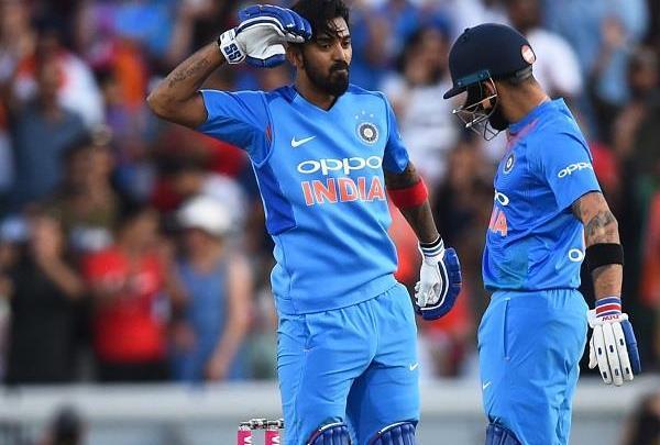 एशिया कप 2018: केएल राहुल को पाकिस्तान के खिलाफ नहीं मिली जगह, तो टीम मैनेजमेंट पर भड़के प्रसंशक 1