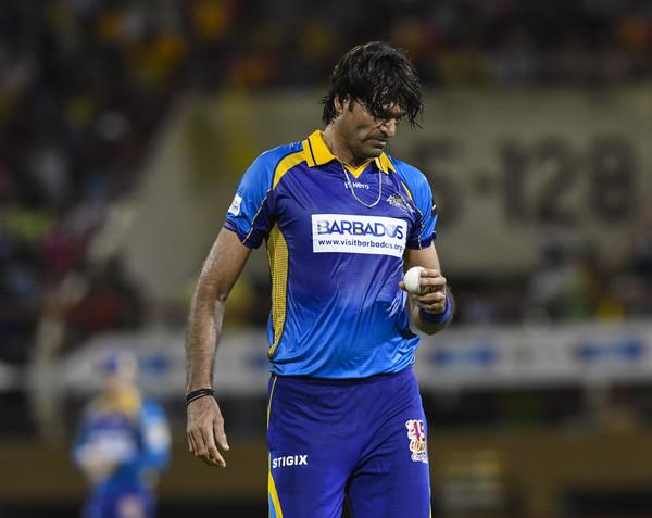 """पीसीबी ने कहा नहीं रहे मोहम्मद इरफ़ान, सामने आया सबसे लंबा गेंदबाज कहा- """"अभी जिंदा हूँ"""" 8"""