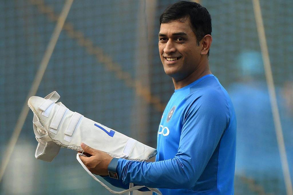 क्रिकेट का एक फॉर्मेट न खेलने वाले महेंद्र सिंह धोनी की सालाना एंडोर्समेंट जानकर आप रह जाएंगे हैरान 3