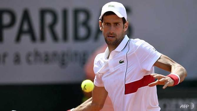 Djokovic in the third round, Zverev out