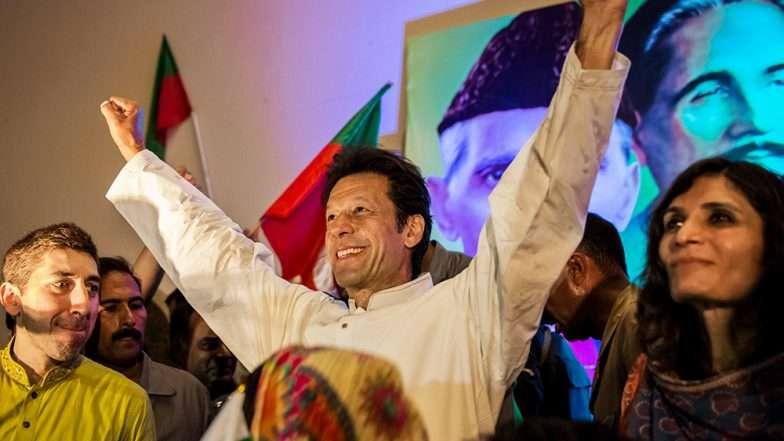 पाकिस्तान के प्रधानमंत्री के रूप में इमरान खान की ताजपोशी में इन भारतीय सेलिब्रिटीज को मिला न्योता 9