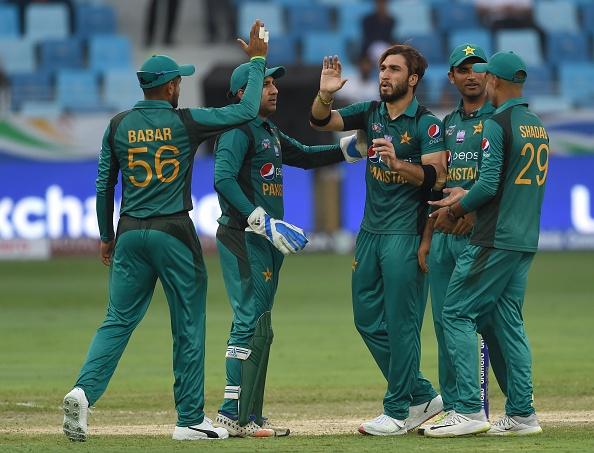 एशिया कप 2018: 8 विकेट से जीता पाकिस्तान, लेकिन एक छोटी सी गलती की वजह से बना सोशल मीडिया पर मजाक 1
