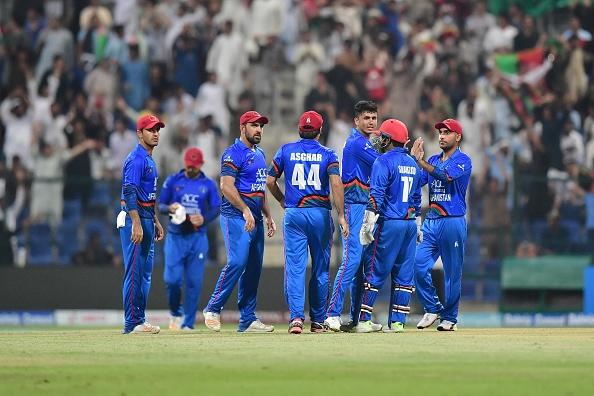 एशिया कप 2018- अफगान टीम के गेंदबाज अफताब के भावुक होने के बाद शोएब मलिक ने किया कुछ ऐसा कि जीत लिया हर किसी का दिल 4