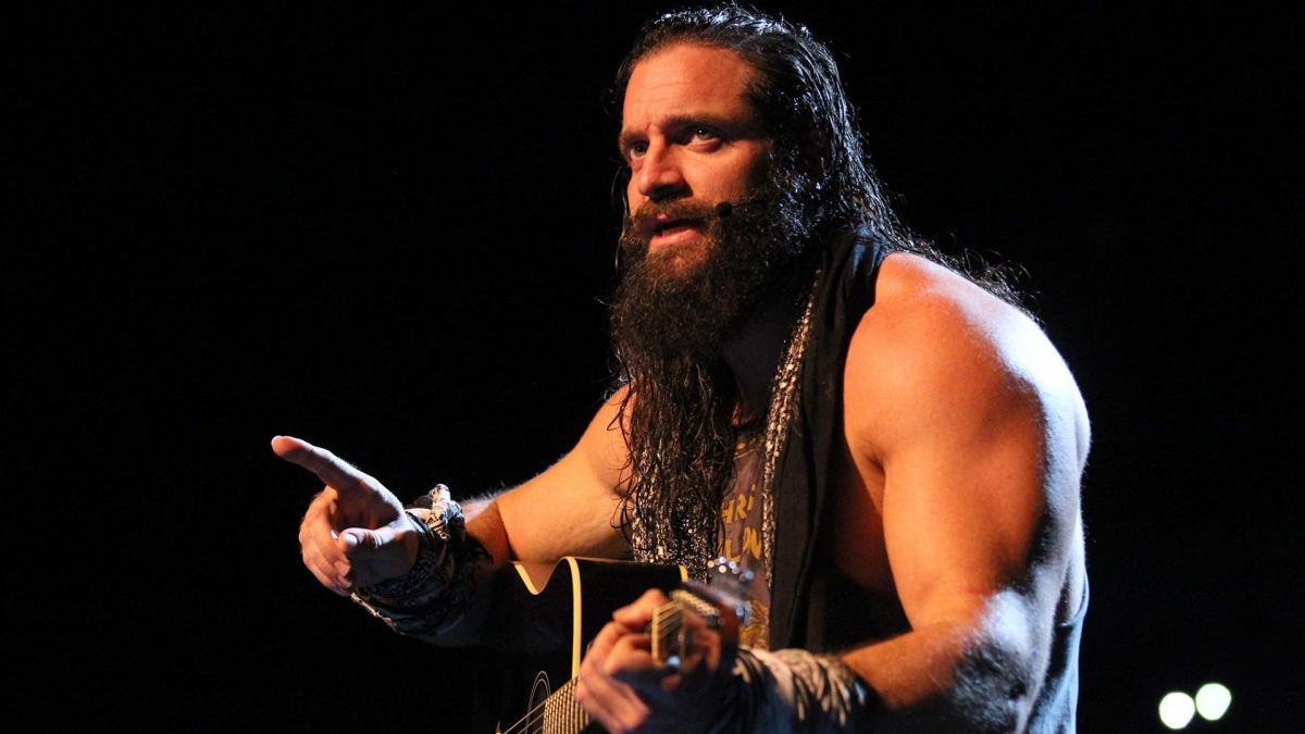 क्या एलायस, वाकई में हैं फ्यूचर WWE चैंपियन 12