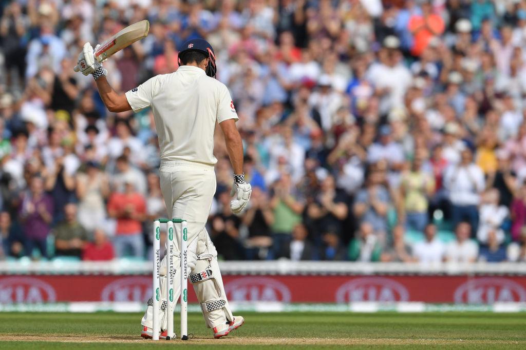 140 सालो के क्रिकेट इतिहास में सिर्फ इन 2 बल्लेबाजों ने अपने करियर के पहले और आखिरी टेस्ट में लगाया अर्द्धशतक