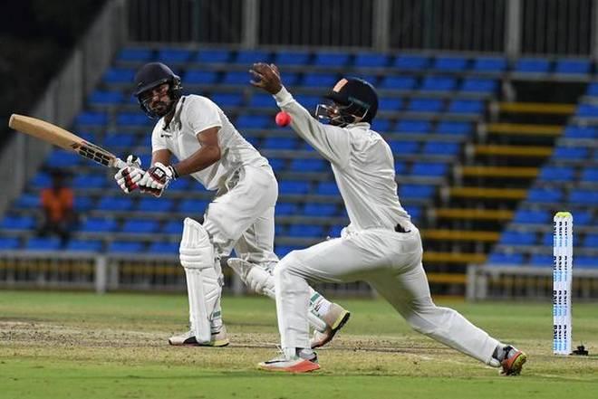 दलीप ट्रॉफी (फाइनल) : निखिल का शतक, इंडिया ब्लू ने बनाए 541 रन