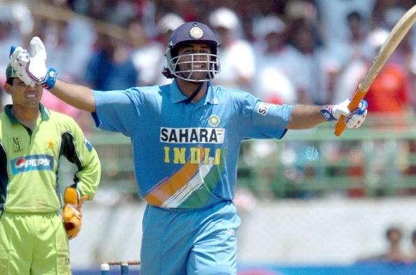 एशिया कप 2018- भारत की मौजूदा टीम के इन तीन खिलाड़ियों ने हमेशा की हैं पाकिस्तानी गेंदबाजों की पिटाई 2