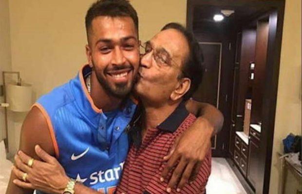 वीडियो- भारतीय टीम के स्टार हार्दिक पंड्या इंग्लैंड के लंबे दौरे के बाद जैसे ही घर पहुंचे इस गर्मजोशी से मिले अपने पिता से 8