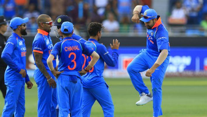 रोहित शर्मा ने एशिया कप में किया था नजरअंदाज अब कपिलदेव ने कही विश्वकप 2019 में जगह देने का समर्थन 12