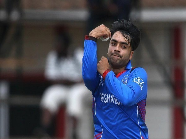 वीडियो : राशिद खान के बड़े भाई ने मचाई धूम, राशिद से भी ज्यादा गेंद को कराते हैं टर्न 3