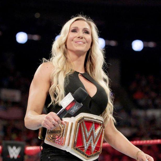 ये हैं WWE के सभी टाईटल के पहले विजेता, जाने कौन था पहला यूनिवर्सल चैंपियन 12