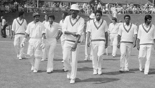 जिस वेस्टइंडीज से कभी इंग्लैंड, ऑस्ट्रेलिया जैसी टीम भी सामना करने से डरती थी, जाने कैसे हो गयी इतनी कमजोर 11