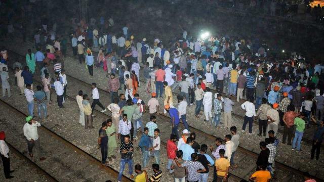 अमृतसर रेल हादसे के बाद अब विराट कोहली ने किया कुछ ऐसा जीता करोड़ो प्रसंशको का दिल 1