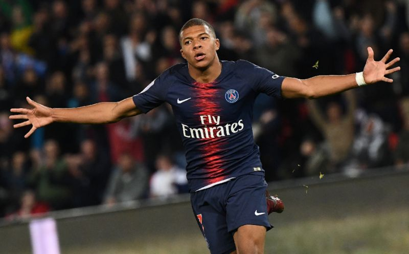 PSG broke the 82-year-old record with four goals from the Mbeppe